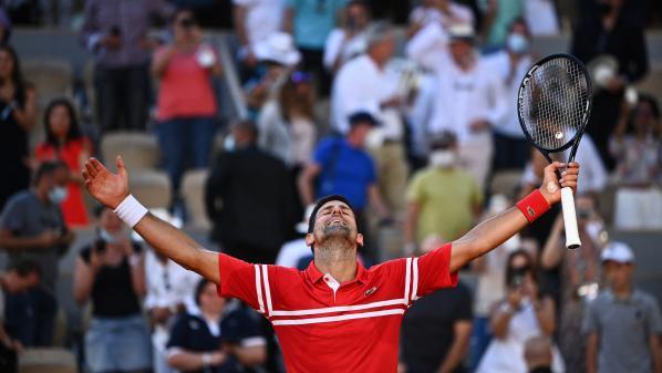 Image de couverture - Roland-Garros 2021 : mené deux manches à rien, Novak Djokovic renverse Stefanos Tsitsipas et s'offre un second titre porte d'Auteuil