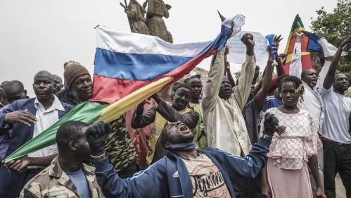 """Réactions au Mali à la fin de l'opération française """"Barkhane"""""""