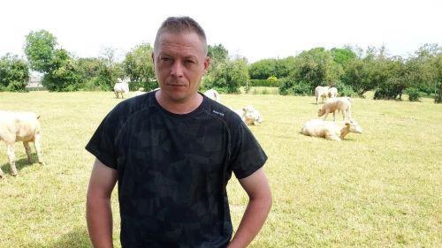 Ferrière-la-Grande : l'histoire folle d'un fermier qui risque de perdre son élevage alors qu'il peut rembourser sa dette