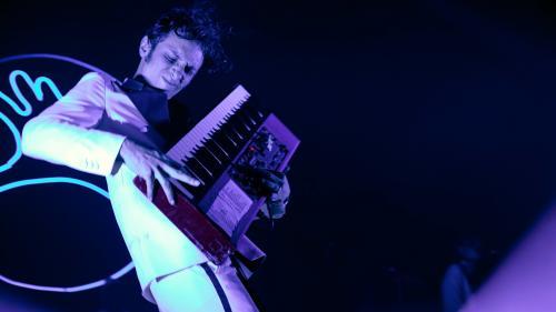 Image de couverture - Les Inrocks Festival à l'Olympia : retour sur deux soirée électriques avec La Femme et Chilly Gonzales en guest-stars
