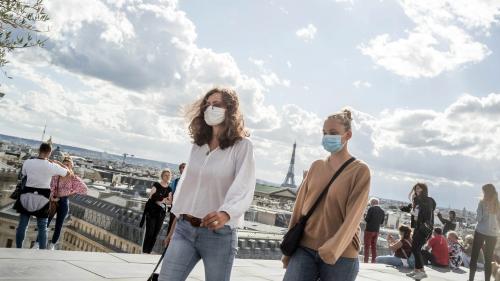 """Allègement des restrictions sanitaires : \""""Cela paraît prématuré\"""", juge le médecin Djillali Annane"""