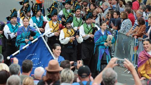 Un 50e Festival interceltique de Lorient très breton, annoncé dans trois sites de la ville