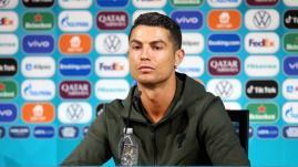 Image de couverture - Euro 2021 : Cristiano Ronaldo a-t-il réellement fait perdre quatre milliards de dollars à Coca-Cola ?