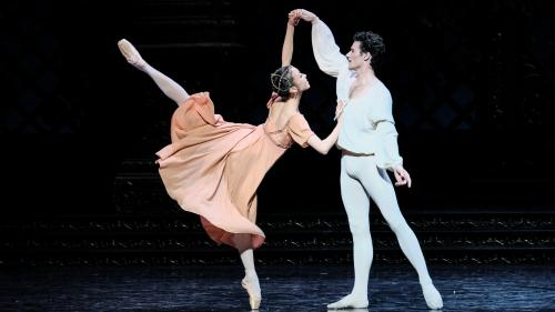 Image de couverture - Roméo et Juliette à l'Opéra Bastille : les amants tragiques dans la légendaire chorégraphie de Noureev
