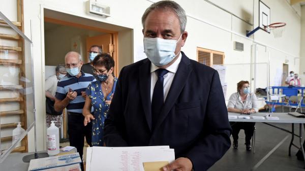 Régionales dans les Hauts-de-France : Xavier Bertrand suspend temporairement sa campagne en raison des intempéries en Picardie