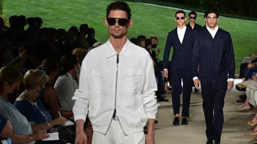 Image de couverture - Milan Fashion Week : Giorgio Armani, entre retour aux sources et légèreté