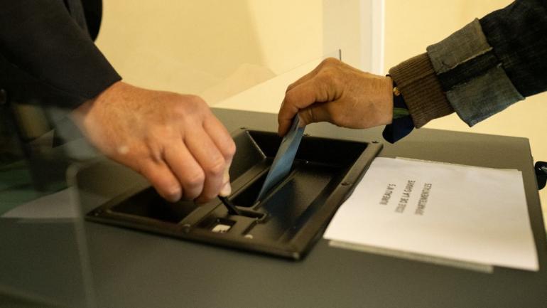 Direct Elections Regionales 66 72 Des Electeurs Se Sont Abstenus Selon Les Chiffres Definitifs Du Ministere De L Interieur