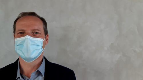"""Image de couverture - Tour de France 2021: le masque sera obligatoire au bord de la route, """"du bon sens"""" selon le directeur Christian Prudhomme"""