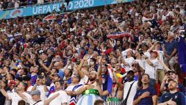 Image de couverture - France-Portugal : soirée assourdissante dans la fournaise du stade Ferenc-Puskas de Budapest