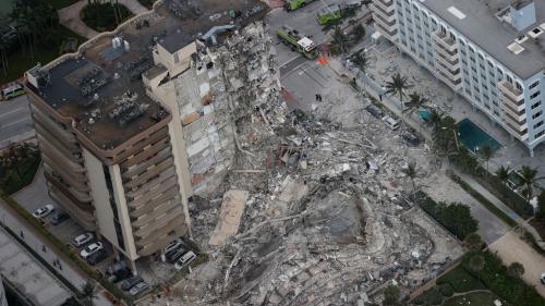 Etats-Unis : au moins un mort dans l'effondrement partiel d'un immeuble près de Miami