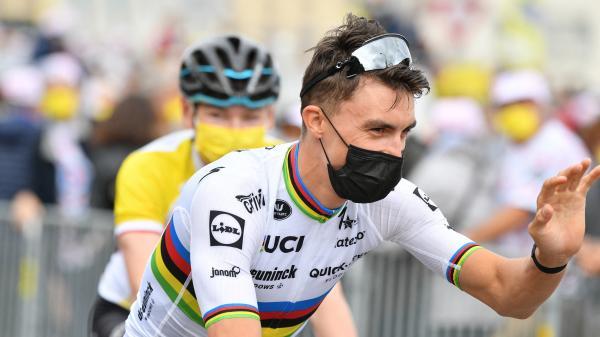 Image de couverture - Tour de France : les coureurs présentés à Brest pour lancer la Grande Boucle