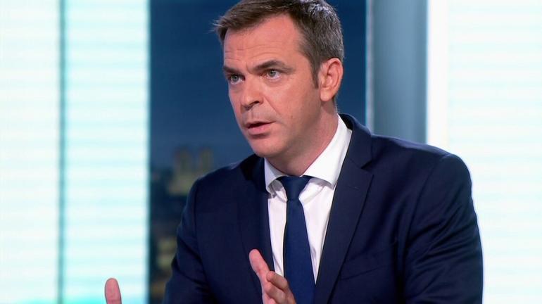 Le ministre de la Santé, Olivier Véran, le 13 juillet 2021 lors d\'une interview au journal de 20 heures de France 2.