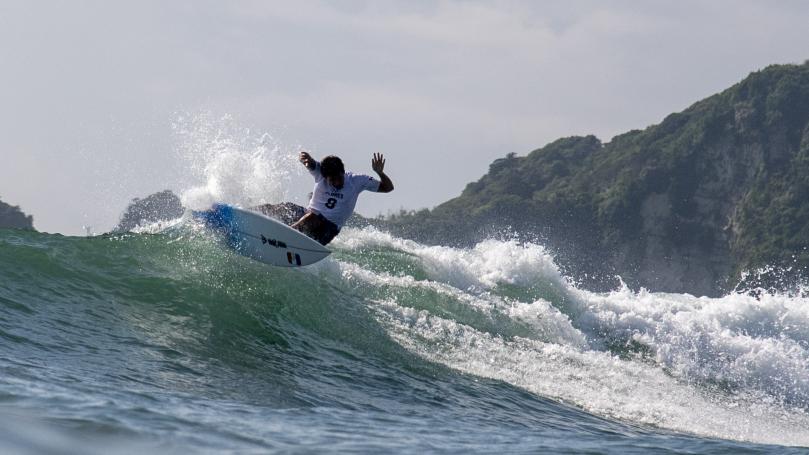 Image de couverture - JO 2021 - Surf : Jérémy Florès et Johanne Defay qualifiés en 8es de finale