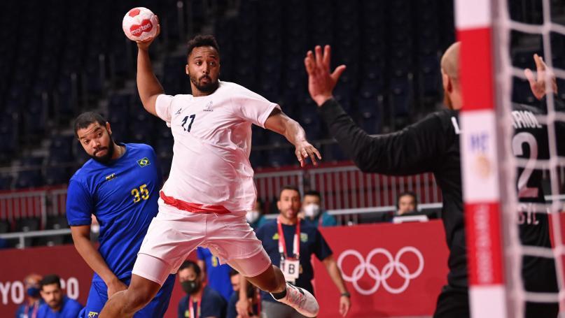 Image de couverture - JO 2021 - Handball : l'équipe de France fait un pas vers la qualification en dominant le Brésil