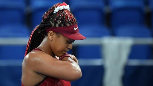VIDÉO. JO 2021 - Tennis : Naomi Osaka, dernière relayeuse de la flamme olympique et numéro 2 mondiale, éliminée dès les 8es de finale