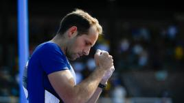 Image de couverture - VIDEO. JO 2021 : Vicaut répond présent, Lavillenie se fait une frayeur... le résumé de la deuxième journée des Français en athlétisme