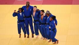 Image de couverture - JO 2021 : le judo encore au sommet, pluie d'argent sur l'escrime, la voile et le rugby... Le bilan de la journée des Français à Tokyo