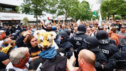 Allemagne : des échauffourées à Berlin lors de manifestations contre les restrictions sanitaires