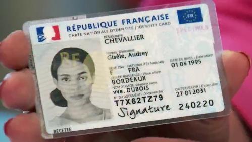 Le déploiement de la nouvellecarted'identité avait commencé en mars, dans l'Oise.À compter du lundi 2 août, elle entre en vigueur sur tout le territoire.