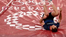 Image de couverture - JO 2021 - Athlétisme : blessé, le perchiste Renaud Lavillenie échoue à la 8e place de la finale