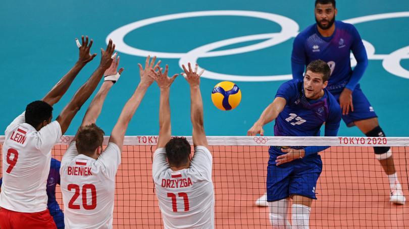 Image de couverture - DIRECT. JO 2021 - Volley : les Bleus égalisent à deux sets partout face aux Polonais, suivez le cinquième set décisif