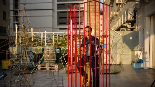 Image de couverture - Kacey Wong, célèbre artiste pro-démocratie, quitte Hong Kong pour Taiwan