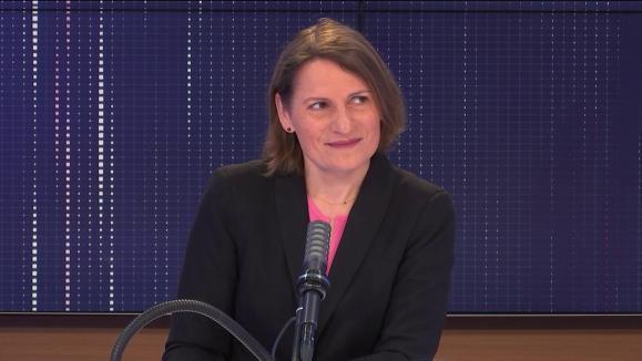 """Valérie Rabault, la présidente du groupe socialiste à l'Assemblée et députée du Tarn-et-Garonne, était l'invitée du """"8h30 franceinfo"""", vendredi 6 août."""