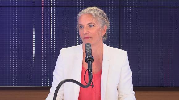 """Delphine Batho, députée des Deux-Sèvres, présidente de Génération écologie et candidate à la primaire écologiste, était l'invitée du """"8h30 franceinfo"""", mardi 10 août 2021"""