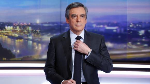 """François Fillon, alors candidat à la présidentielle, au """"20h"""" de TF1, le 26 janvier 2017."""