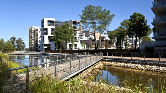 Un exemple d\'éco-quartier dans la ville de Bordeaux.