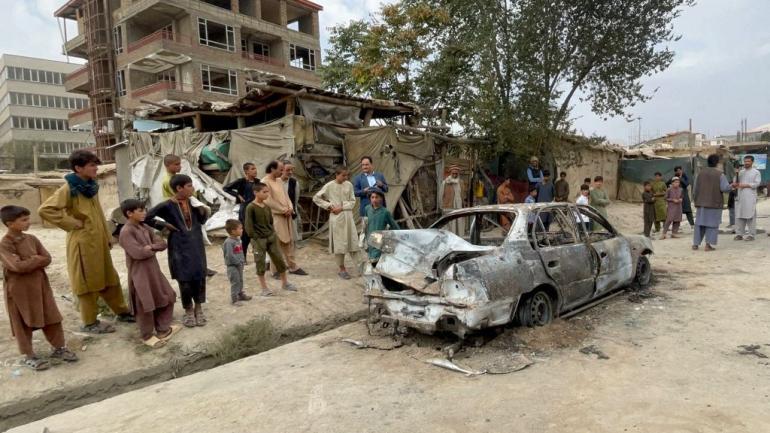 Une rue de Kaboul après que des roquettes ont été tirées sur l\'aéroport de la capitale, le 30 août 2021.
