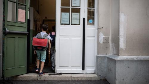 """Covid-19 : \""""Il ne se passe rien de spectaculaire\"""" depuis la rentrée scolaire, assure la présidente de la Société française de pédiatrie"""