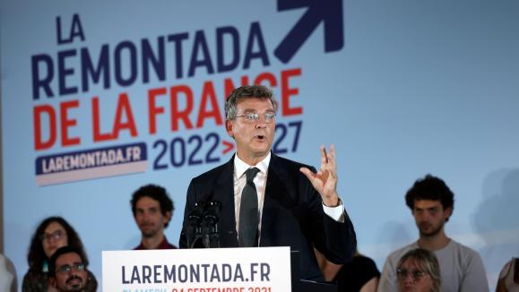 """Déclaration de candidature d'Arnaud Montebourg à la présidentielle avec son slogan """"La Remontada"""" depuis Clamecy samedi 4 septembre 2021."""