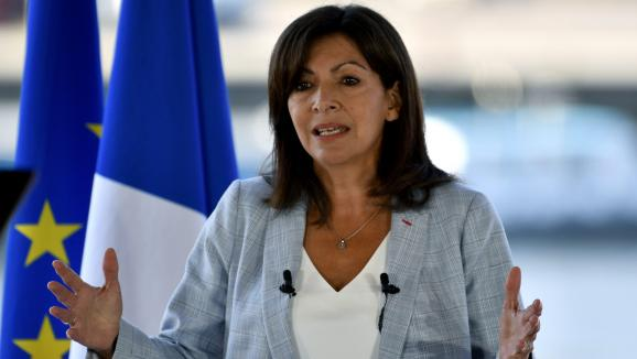 Anne Hidalgo, la maire socialiste de Paris, a annoncé le 12 septembre sa candidature à l'élection présidentielle d'avril 2022.