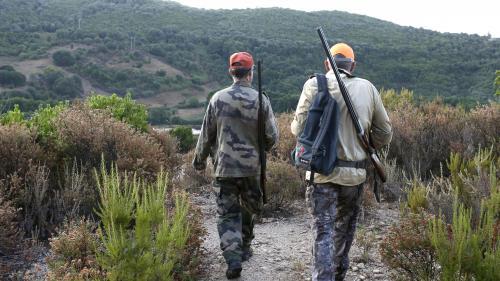 """Leco-président du groupe d'études """"chasse et territoires"""" à l'Assemblée nationalesoutient les manifestations et estime que les chasseurs souffrent du manque de visibilité sur les réseaux sociaux."""