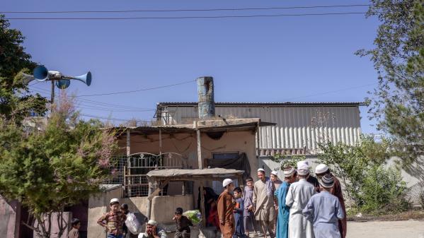 Afghanistan: les filles privées de rentrée dans les collèges et les lycées