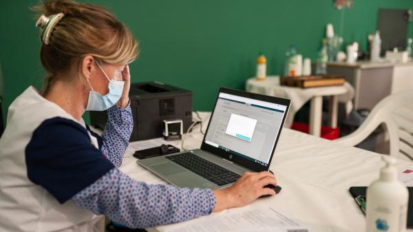 Tests de dépistage du Covid-19 : que faire si vous êtes concerné par le piratage de données de l'AP-HP ?
