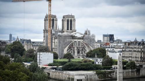 29 mois après l'incendie de la cathédraleNotre-Dame de Paris, le chantier de sécurisation est terminé. L'un des monuments préférés des Français est donc sauvé et la reconstruction peut commencer.
