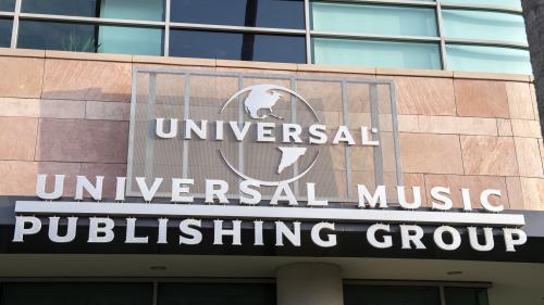 Avec l'entrée en bourse d'Universal, première major de l'industrie musicale, Vivendi se sépare de son joyau
