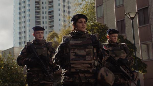 Regarder la vidéo Cinéma : au cœur de l'opération Sentinelle avec