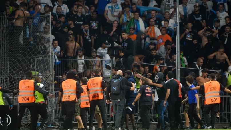 Image de couverture - Incidents Angers-Marseille : tribune fermée à Angers et déplacements suspendus pour les supporters de l'OM