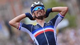 """Image de couverture - Julian Alaphilippe champion du monde : """"Une locomotive formidable pour le cyclisme français et mondial"""", estime David Lappartient"""