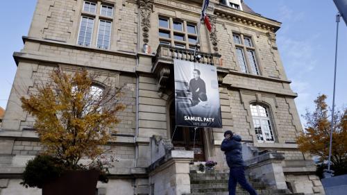Assassinat de Samuel Paty : où en est l'enquête, un an après la mort du professeur ?