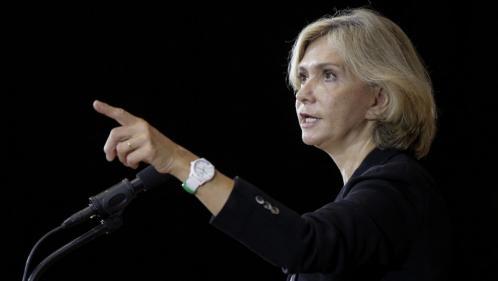 """Présidentielle 2022: Valérie Pécresse propose de supprimer """"150000postes dans l'administration administrante"""""""