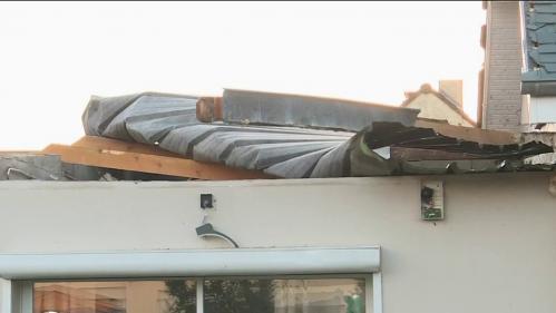 Une partie de la France a subi de très fortes perturbations lors du passage de la tempête Aurore. Dans certainesvillesde Normandie, les rafales ont avoisiné les 170 km/h.