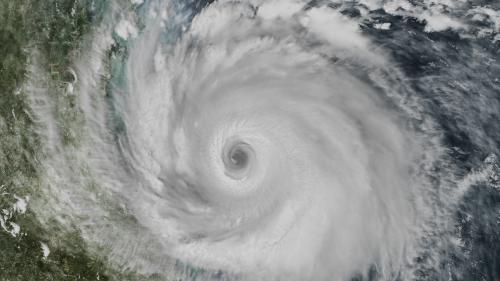 L'ouragan Rick, dans le Pacifique, se rapproche des côtes du Mexique