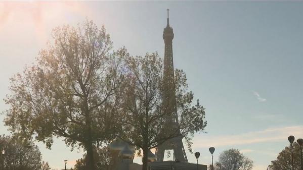 Après de longs mois d'interruption avec la crise sanitaire, les touristes étrangers reviennent petit à petit en France, notamment les Européens. Des chiffres encore loin de ceux de 2019.