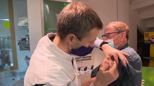 Covid-19 : la Haute Autorité de santé recommande une vaccination conjointe avec la grippe