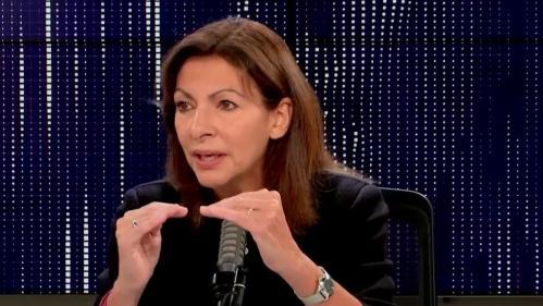"""VIDEO. Présidentielle: Anne Hidalgo promet une revalorisation du Smic comprise entre """"10% et 15%"""""""