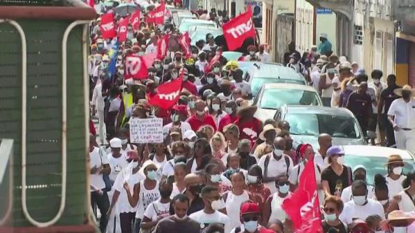 Martinique : des soignants opposés au pass sanitaire au CHU de l\'île